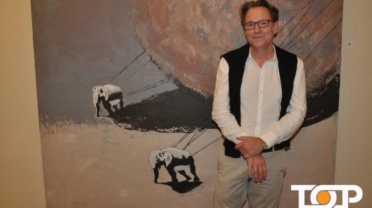 Der Künstler Detlef Kellermann stellt aus