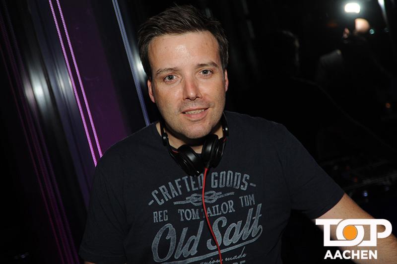 Der bekannte Aachener David Lulley gehört zu der DJ Riege im Innside.