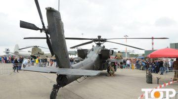 """Der US-Kampfhubschrauber """"Apache"""" zog hunderte Gäste an."""