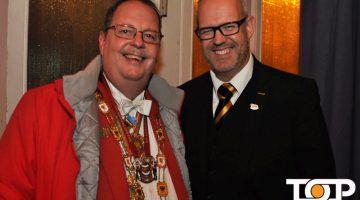 Eulen-Präsident Cornel Thevis und AAK-Präsident Frank Prömpeler hatten ebenso Freude wie alle Gäste an diesem Abend
